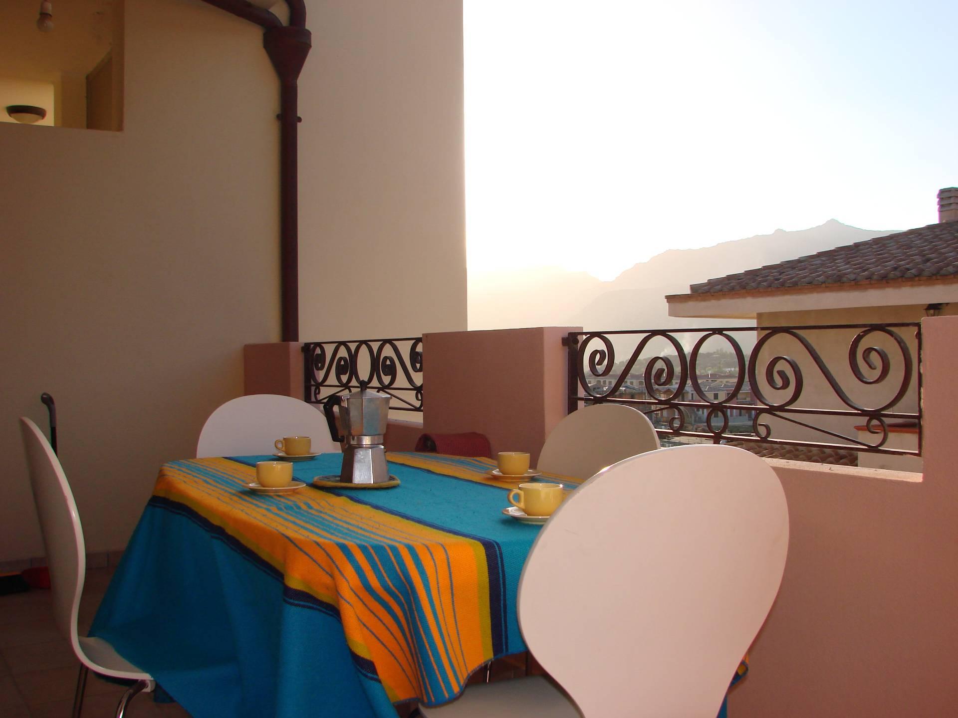 Appartamento in vendita a Villasimius, 4 locali, prezzo € 230.000 | Cambio Casa.it