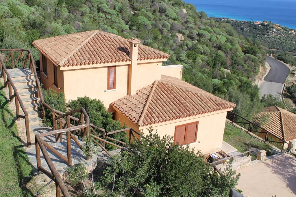 Villa in vendita a Muravera, 5 locali, zona Località: CostaRei, prezzo € 420.000   Cambio Casa.it