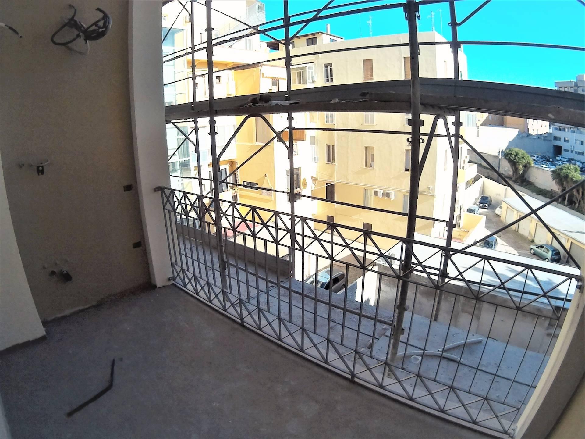 Bilocale Cagliari Via Dante Alighieri 3