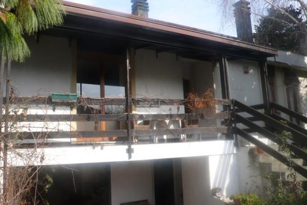 Villa in vendita a Trezzano sul Naviglio, 4 locali, zona Località: Azalee, prezzo € 450.000 | CambioCasa.it