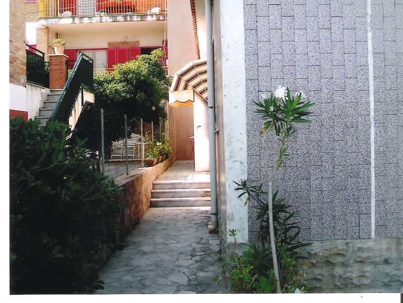 Appartamento affitto RODI GARGANICO (FG) - 3 LOCALI - 70 MQ - foto 3