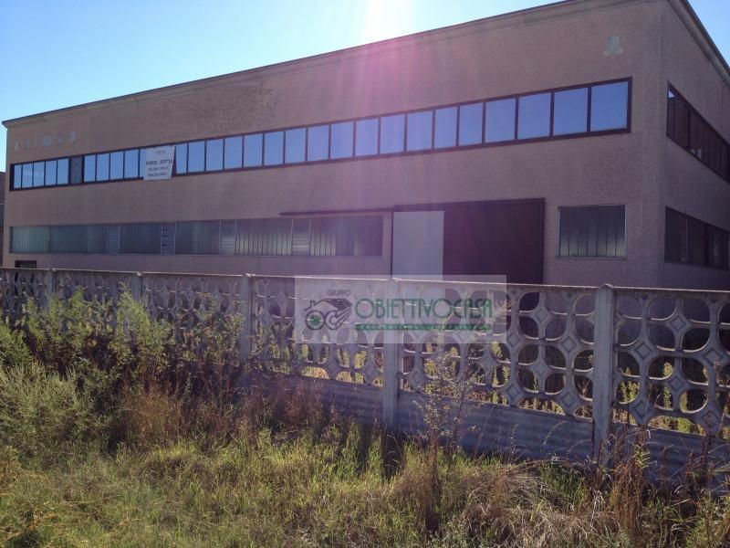 Negozio / Locale in affitto a Casorate Primo, 9999 locali, prezzo € 900.000 | Cambio Casa.it