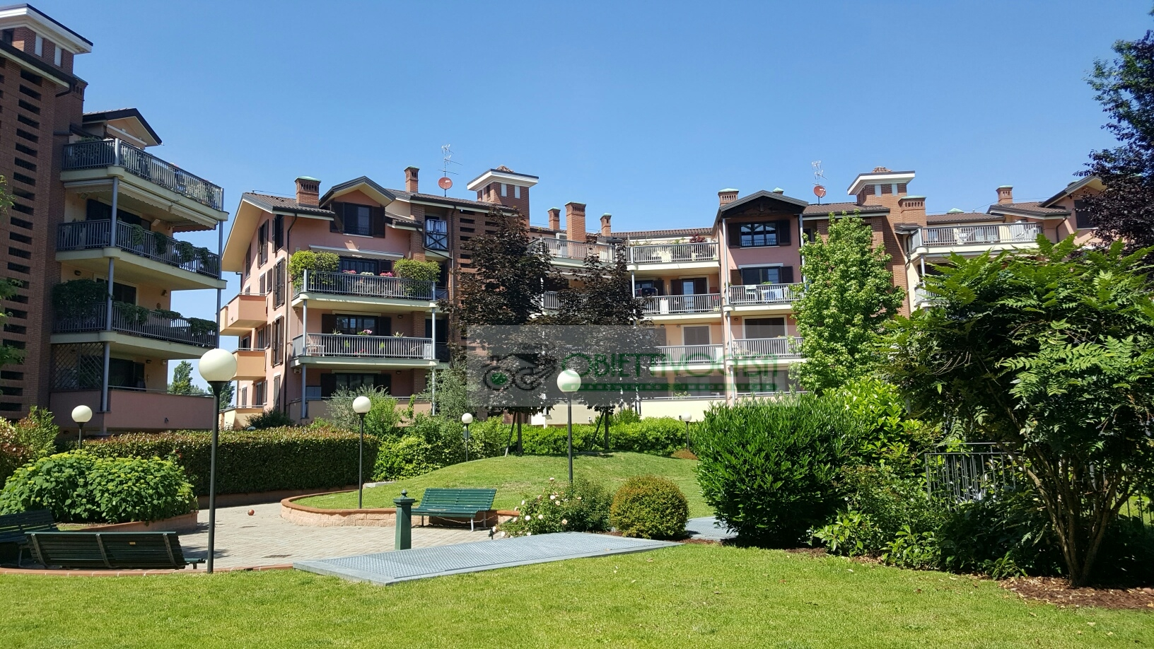 Attico / Mansarda in vendita a Trezzano sul Naviglio, 2 locali, zona Località: Morona, prezzo € 230.000 | Cambio Casa.it