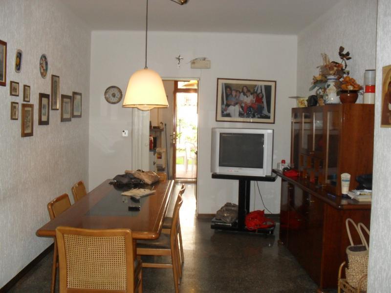 Soluzione Indipendente in affitto a Castel di Lama, 7 locali, prezzo € 550 | Cambio Casa.it