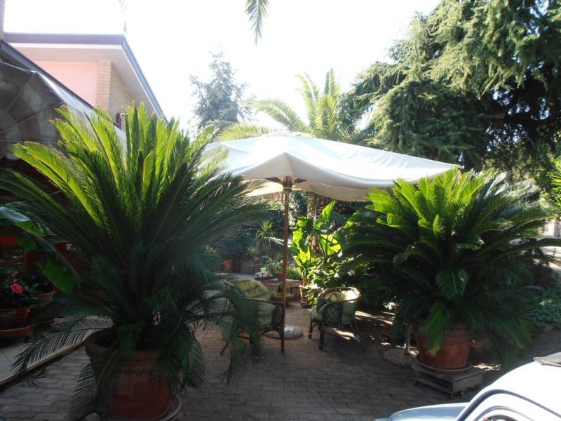 Villa in vendita a Tortoreto, 8 locali, prezzo € 470.000 | Cambio Casa.it