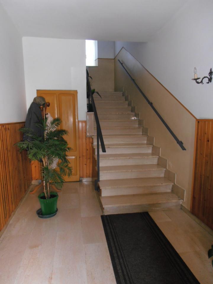 Soluzione Indipendente in vendita a Colli del Tronto, 16 locali, prezzo € 250.000 | Cambio Casa.it