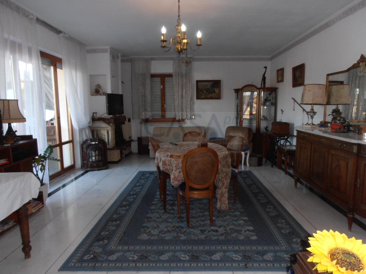 Appartamento in vendita a Monsampolo del Tronto, 5 locali, zona Località: StelladiMonsampolo, prezzo € 110.000   Cambio Casa.it