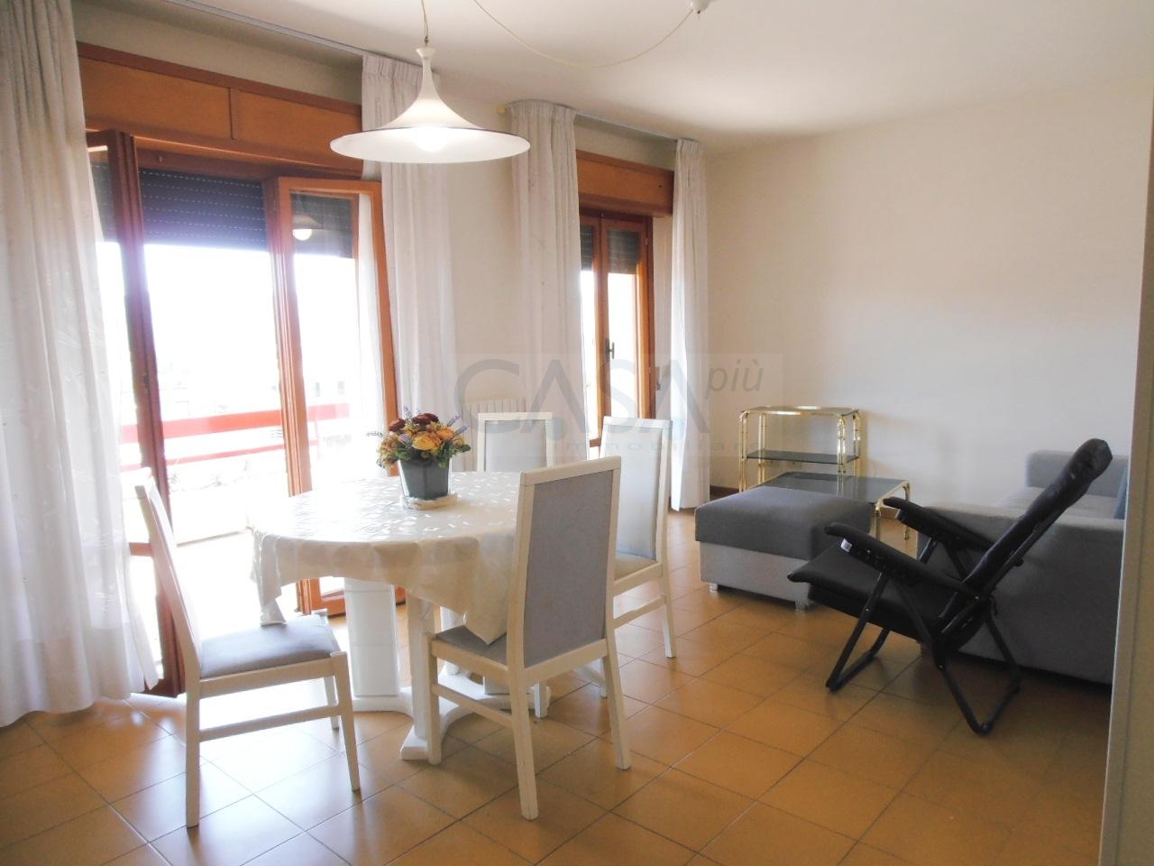 Appartamento in vendita a Monteprandone, 4 locali, prezzo € 95.000   CambioCasa.it