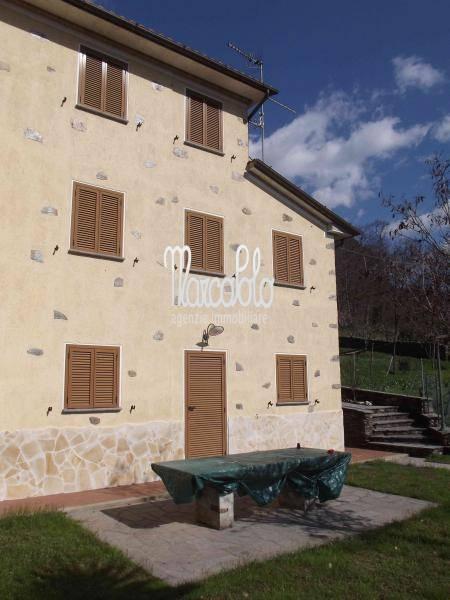 Villa Bifamiliare in affitto a Seravezza, 9 locali, zona Zona: Giustagnana, Trattative riservate | CambioCasa.it