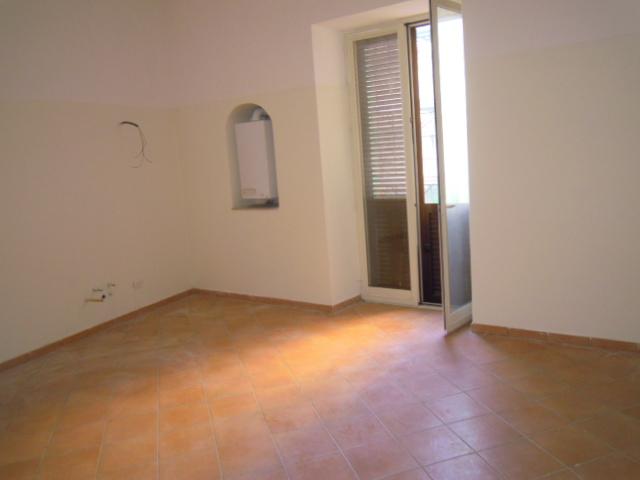 Bilocale Capua Via San Giovanni A Corte 2