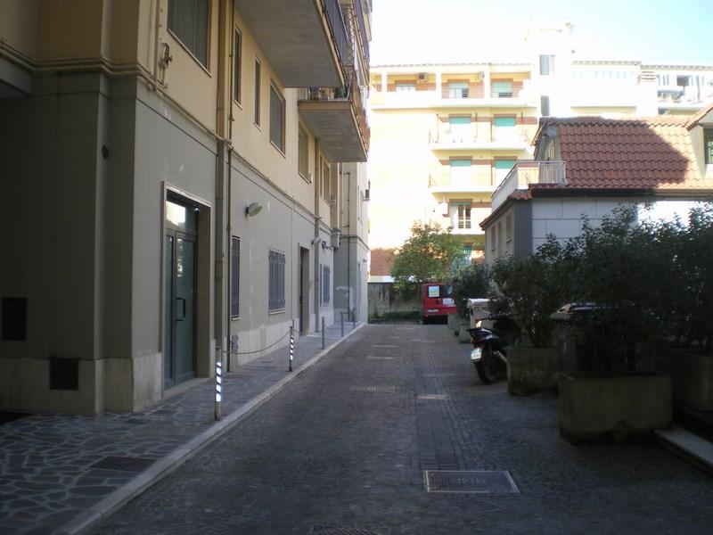 Bilocale Caserta Via Leonetti 2