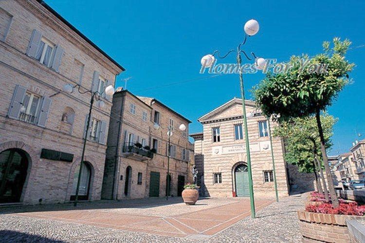 Bilocale Porto San Giorgio Corso Garibaldi 8