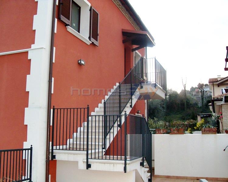 Quadrilocale in vendita a Senigallia in Via Capanna