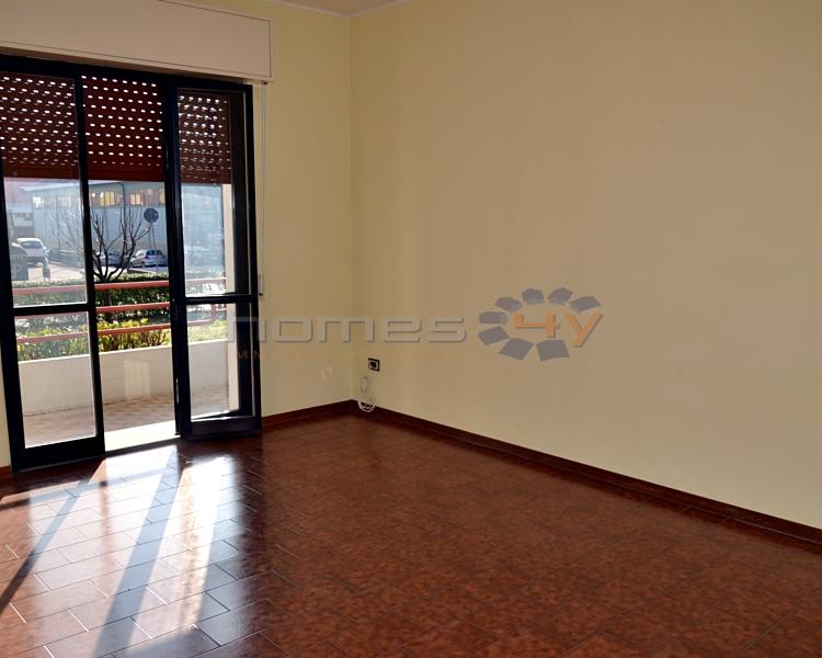 Appartamento in affitto a Cartoceto, 4 locali, zona Zona: Lucrezia, prezzo € 450 | Cambio Casa.it