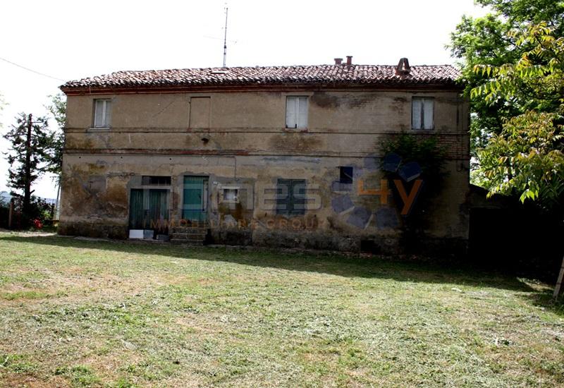 Soluzione Indipendente in vendita a San Costanzo, 8 locali, prezzo € 125.000 | Cambio Casa.it