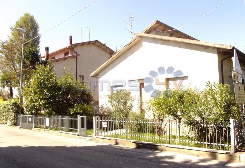 Soluzione Indipendente in vendita a Mondavio, 5 locali, prezzo € 149.000 | Cambio Casa.it
