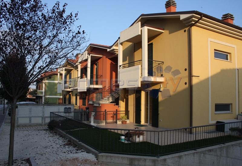 Appartamento in vendita a Castelleone di Suasa, 3 locali, prezzo € 105.000 | Cambio Casa.it