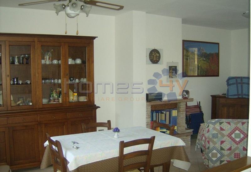 Villa a Schiera in Vendita a Mondavio