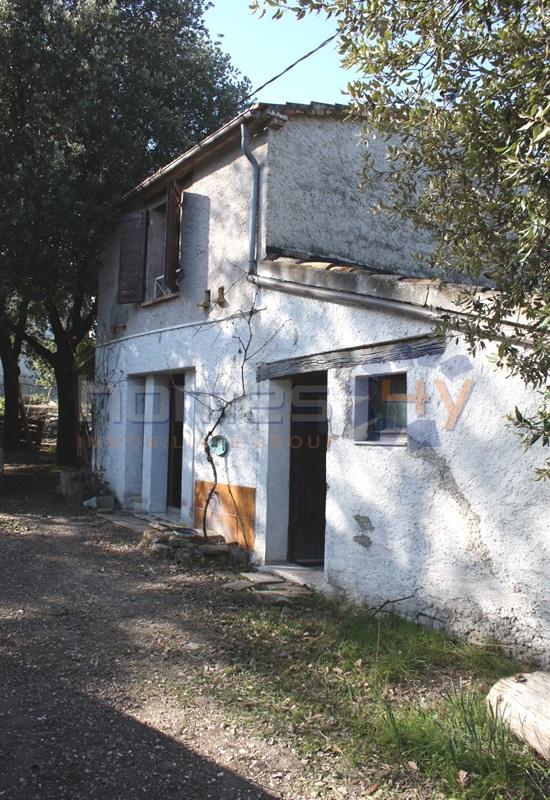 Soluzione Indipendente in vendita a Fratte Rosa, 6 locali, prezzo € 350.000 | Cambio Casa.it
