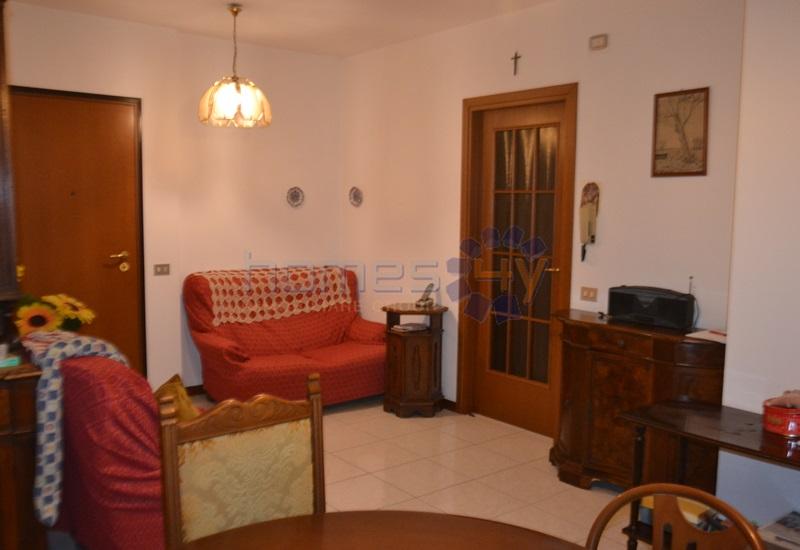 Appartamento in affitto a Pesaro, 3 locali, zona Zona: Loreto, prezzo € 500 | Cambio Casa.it