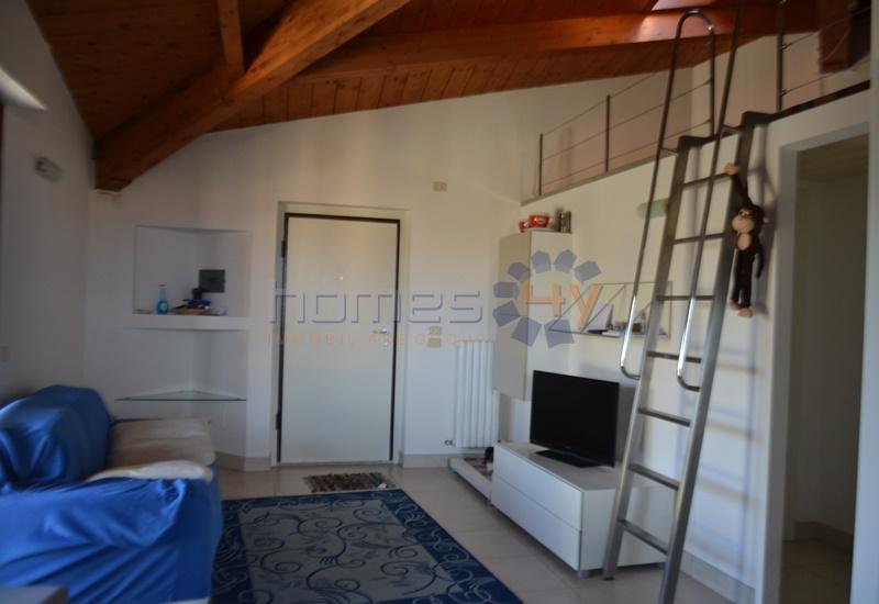 Attico / Mansarda in affitto a Fano, 3 locali, zona Località: Bellocchi, prezzo € 550 | Cambio Casa.it
