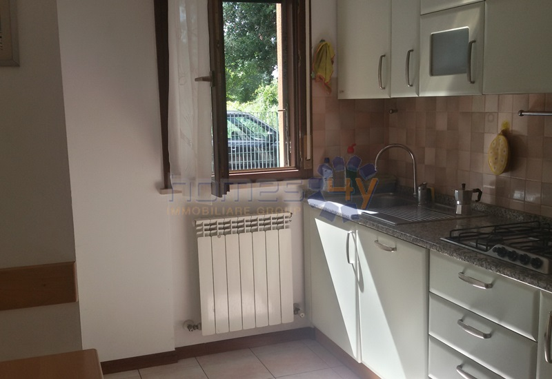 Appartamento in affitto a Fano, 4 locali, zona Località: Semicentro, prezzo € 750 | Cambio Casa.it