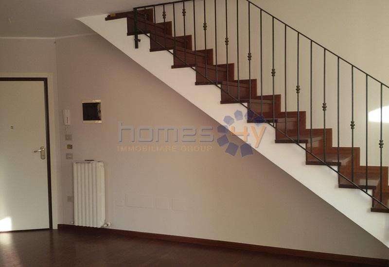 Appartamento in affitto a Fano, 4 locali, zona Località: Centro, prezzo € 700 | Cambio Casa.it
