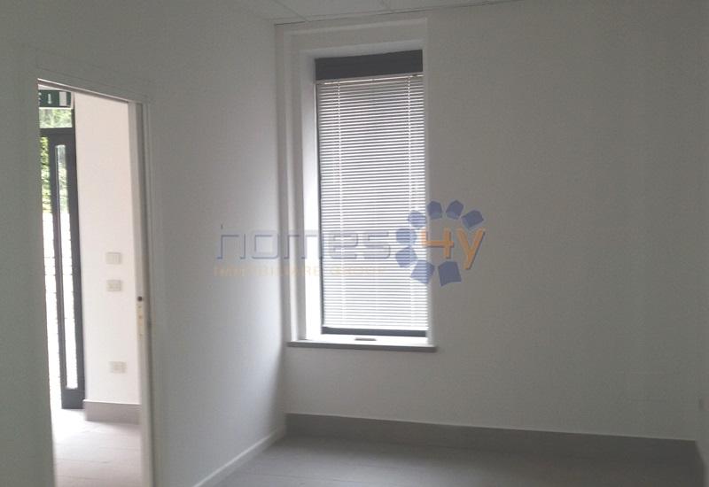 Negozio / Locale in affitto a Fano, 9999 locali, zona Località: Centro, prezzo € 500 | Cambio Casa.it