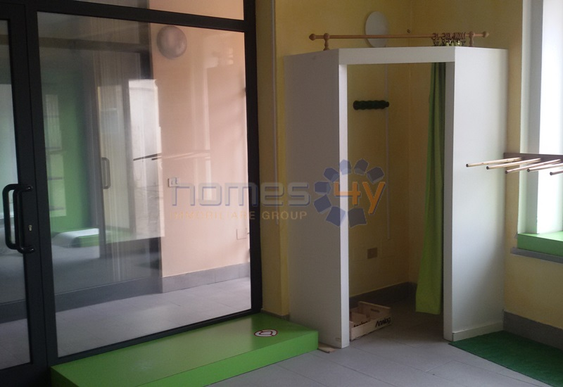 Negozio / Locale in affitto a Fano, 9999 locali, zona Località: Centro, prezzo € 600 | Cambio Casa.it