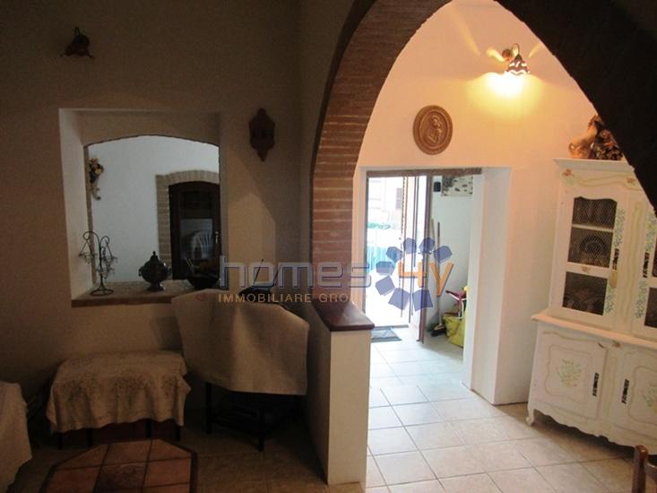 Villa a Schiera in vendita a Fratte Rosa, 5 locali, zona Località: TorreSanMarco, prezzo € 125.000 | Cambio Casa.it