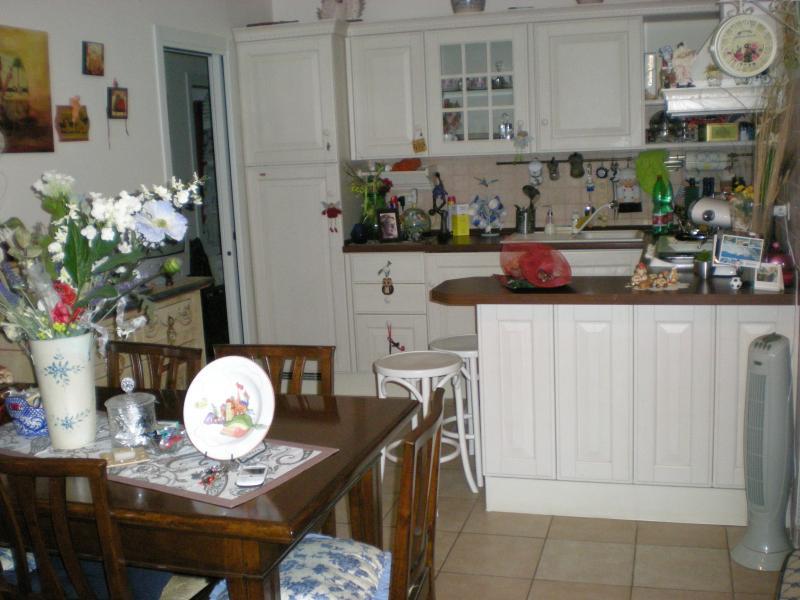 Appartamento in vendita a Ascoli Piceno, 5 locali, zona Località: CampoParignano, prezzo € 150.000 | Cambio Casa.it