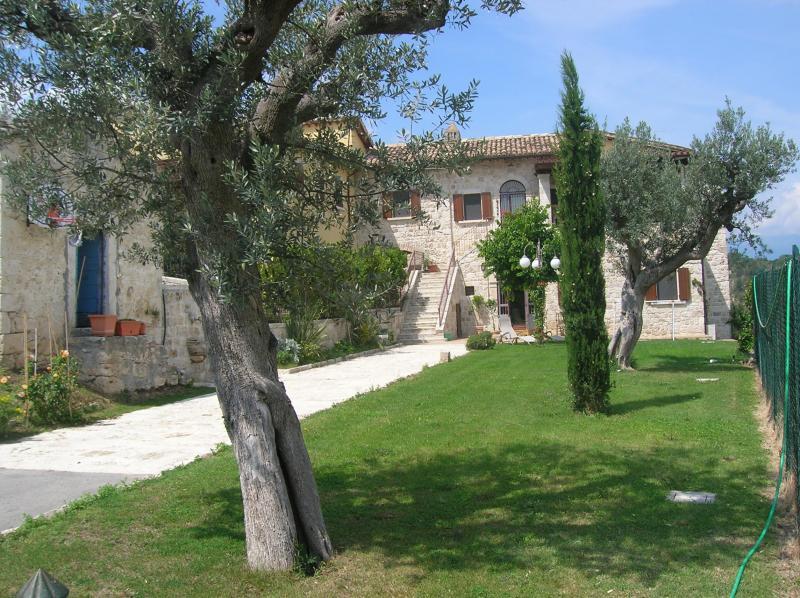 Villa a Ascoli Piceno in Vendita