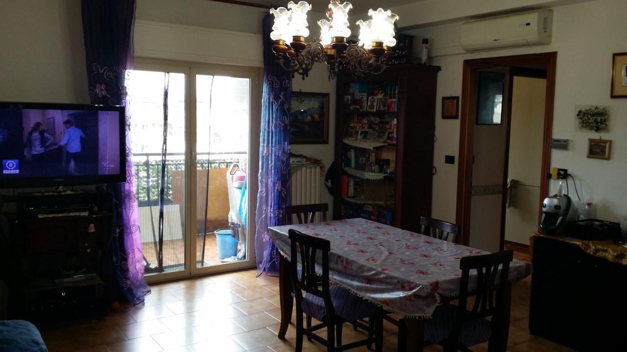 Appartamento in vendita a Ascoli Piceno, 5 locali, zona Zona: Monticelli, prezzo € 100.000 | Cambio Casa.it