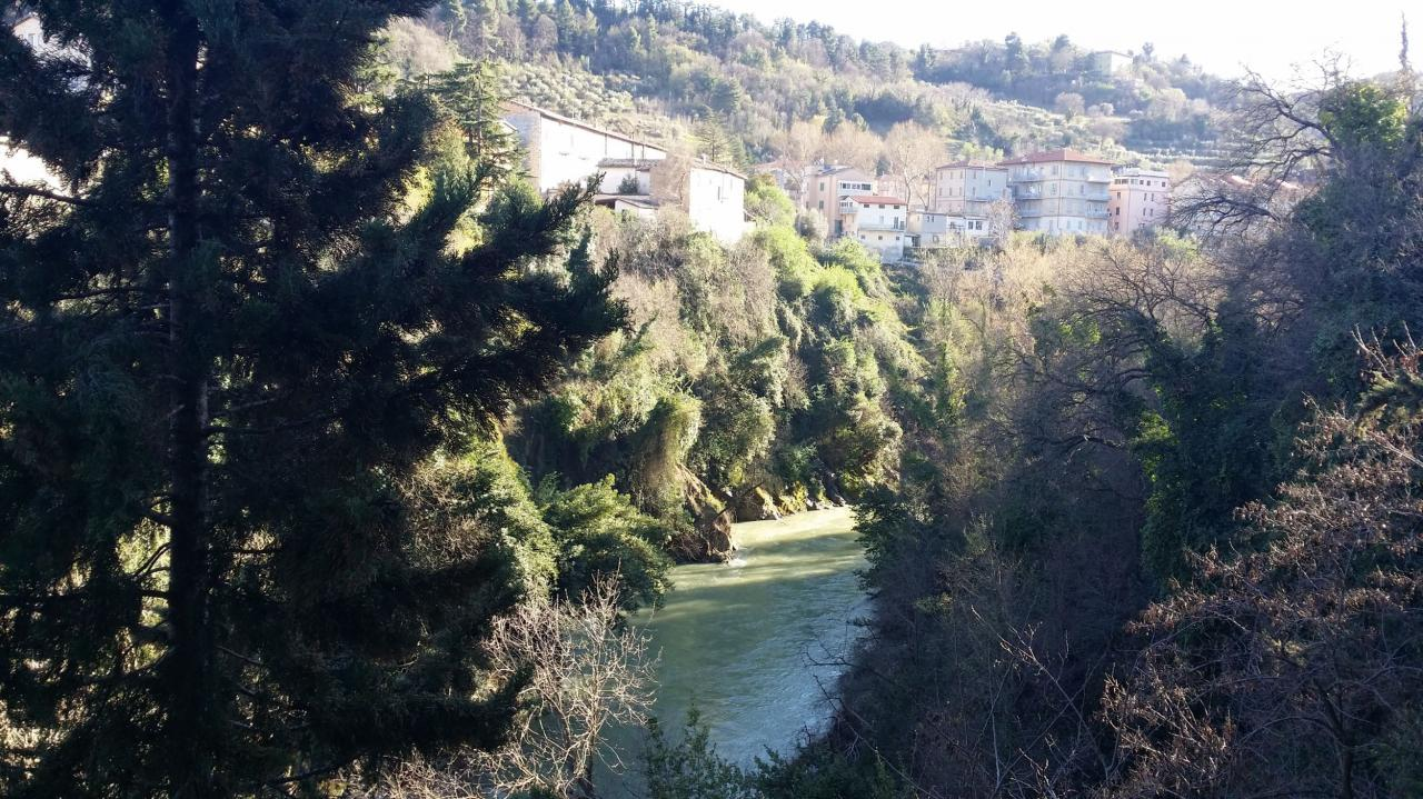 Appartamento in vendita a Ascoli Piceno, 5 locali, zona Località: BorgoSolestà, prezzo € 135.000 | Cambio Casa.it