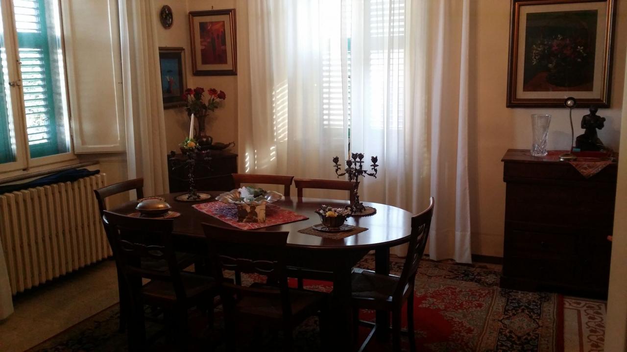 Villa in vendita a Ascoli Piceno, 8 locali, zona Località: CampoParignano, prezzo € 285.000 | CambioCasa.it