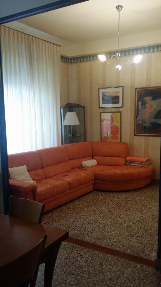 Appartamento in vendita a Ascoli Piceno, 7 locali, zona Località: CentroStorico, prezzo € 275.000 | Cambio Casa.it