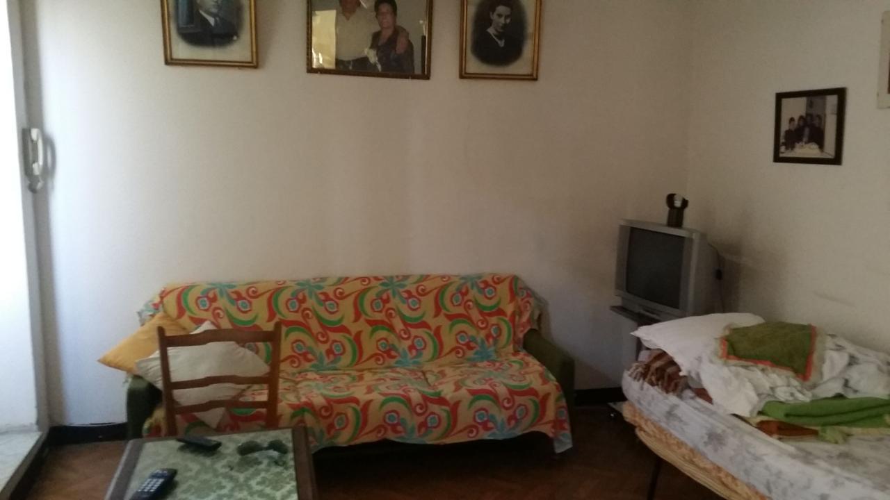 Appartamento in vendita a Ascoli Piceno, 7 locali, zona Località: CentroStorico, prezzo € 120.000 | Cambio Casa.it