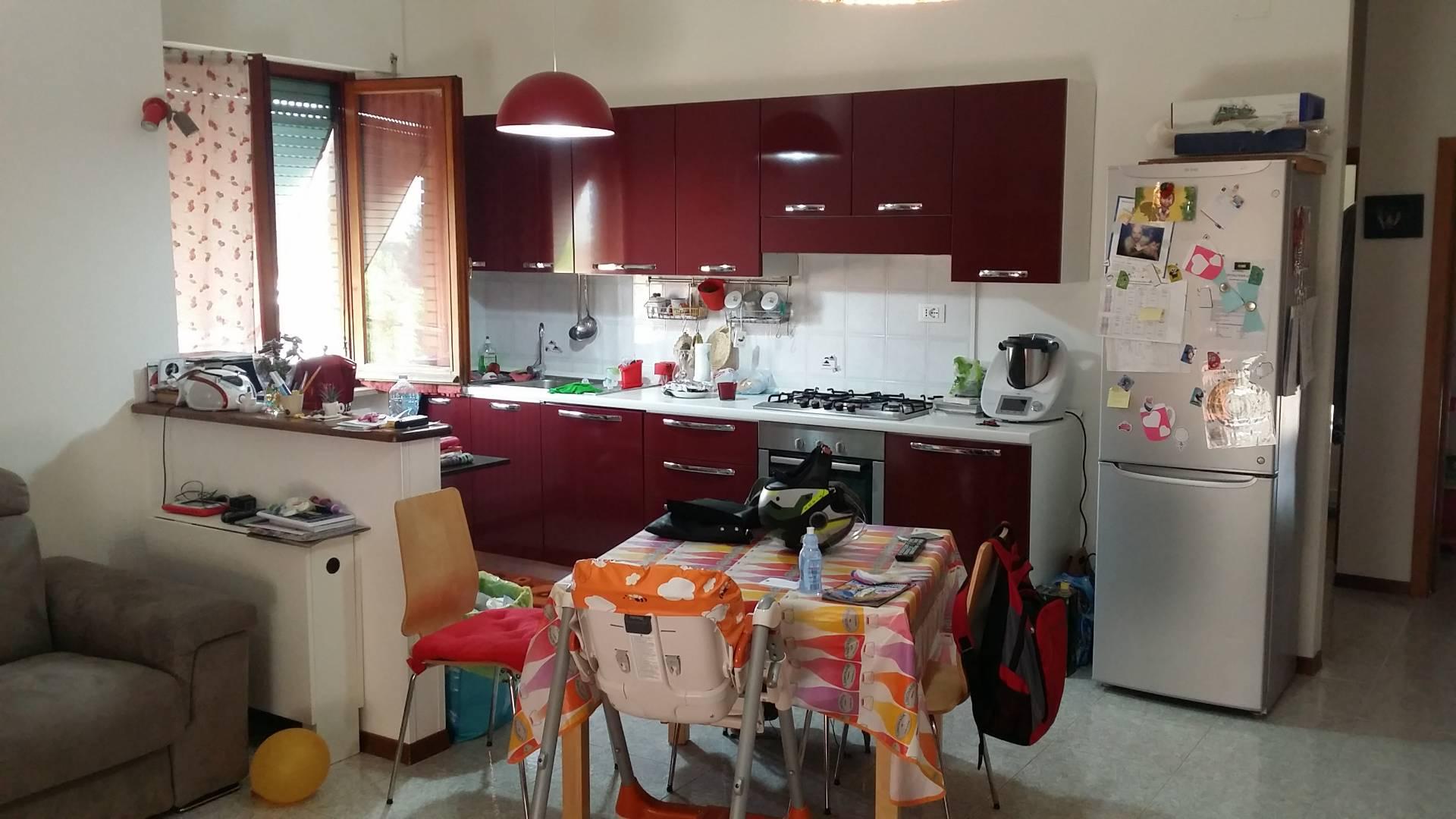 Appartamento in vendita a Ascoli Piceno, 4 locali, zona Località: MarinodelTronto, prezzo € 72.000 | Cambio Casa.it