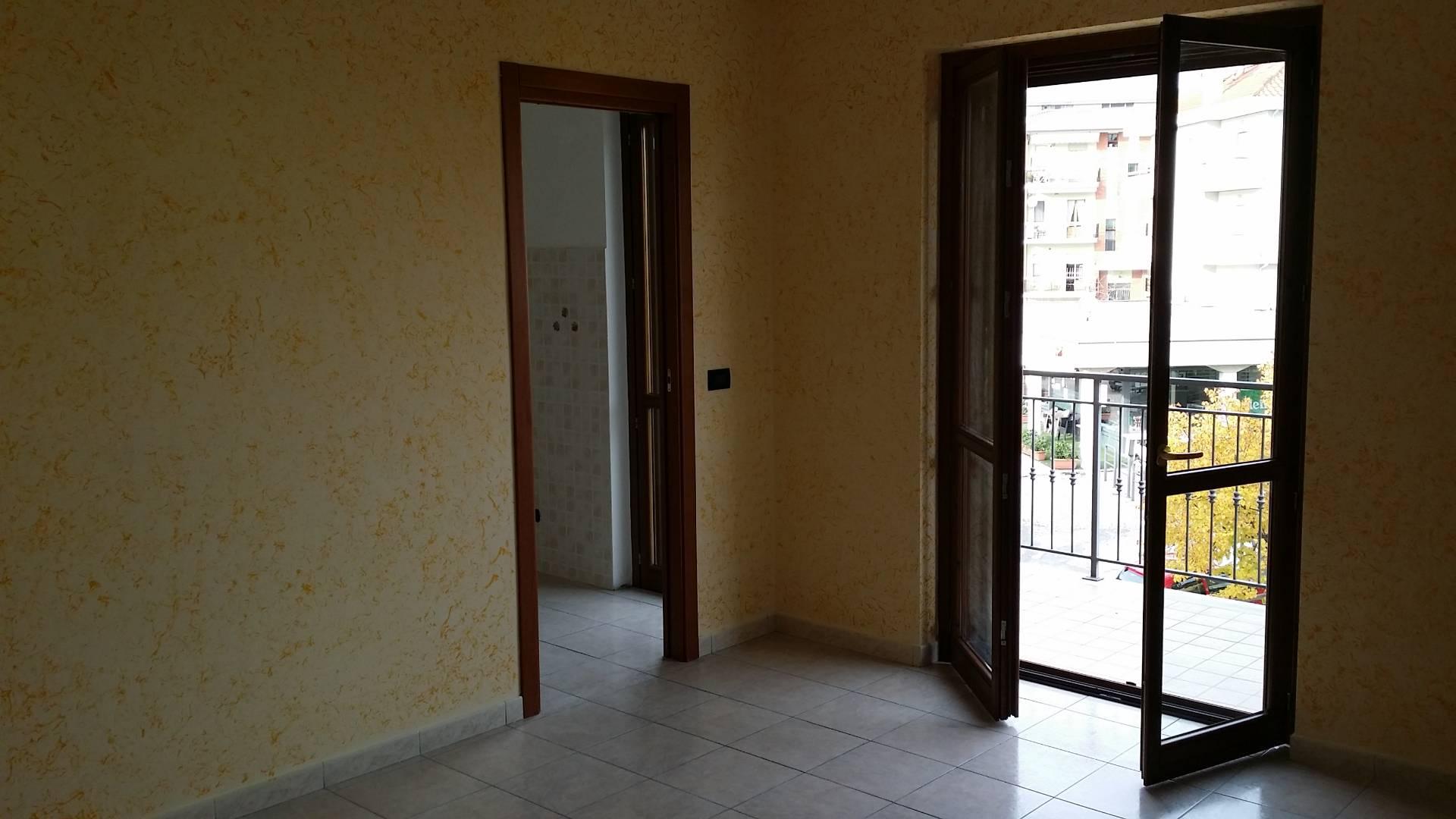 Appartamento in vendita a Ascoli Piceno, 5 locali, zona Località: PoggiodiBretta, prezzo € 110.000 | Cambio Casa.it