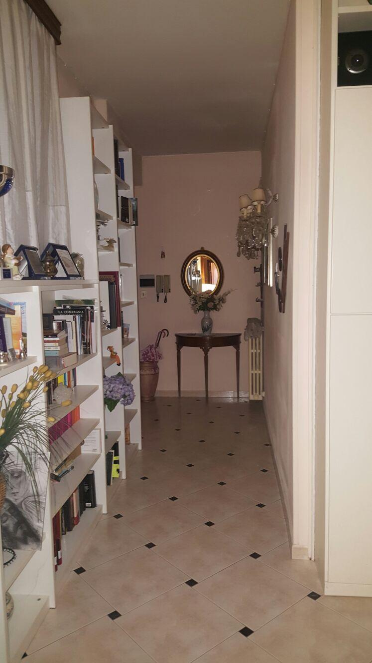 Appartamento in vendita a Ascoli Piceno, 4 locali, zona Località: CampoParignano, prezzo € 120.000 | Cambio Casa.it