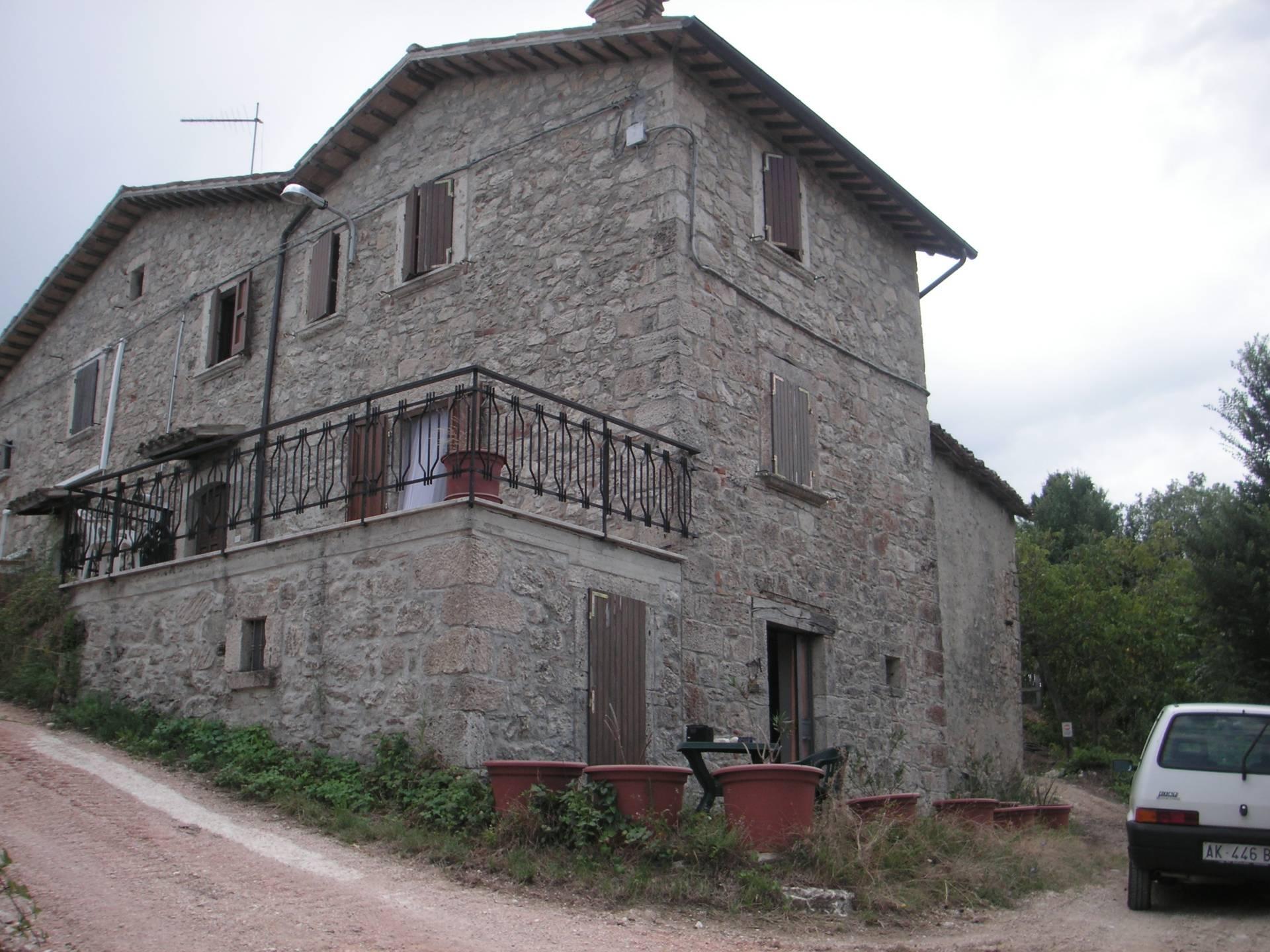 Soluzione Indipendente in vendita a Ascoli Piceno, 5 locali, zona Località: MontediRosara, prezzo € 95.000 | CambioCasa.it