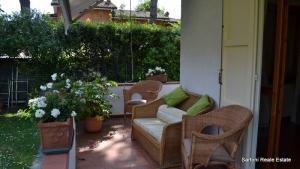 <strong>Villa Bifamiliare in Affitto stagionale</strong><br />Forte dei Marmi