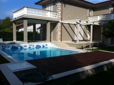 <strong>Case vacanze - Villa</strong><br />Pietrasanta
