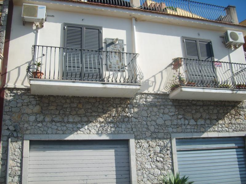 vendita casa indipendente Taormina 3 80 M 450.000 &euro;