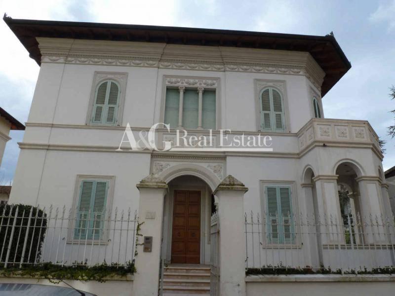 Villa in vendita a Grosseto, 15 locali, zona Località: Città, Trattative riservate | Cambio Casa.it