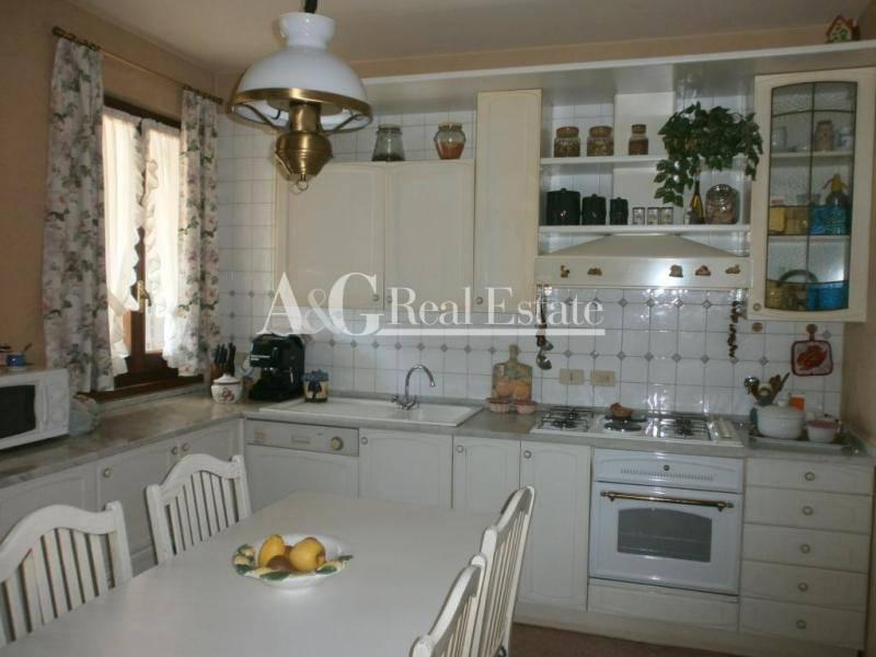 Villa in vendita a Grosseto, 8 locali, zona Località: Città, prezzo € 850.000 | Cambio Casa.it