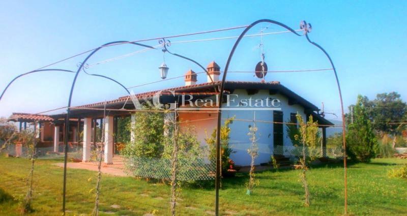 Villa in vendita a Grosseto, 4 locali, zona Zona: Alberese, prezzo € 400.000 | Cambio Casa.it