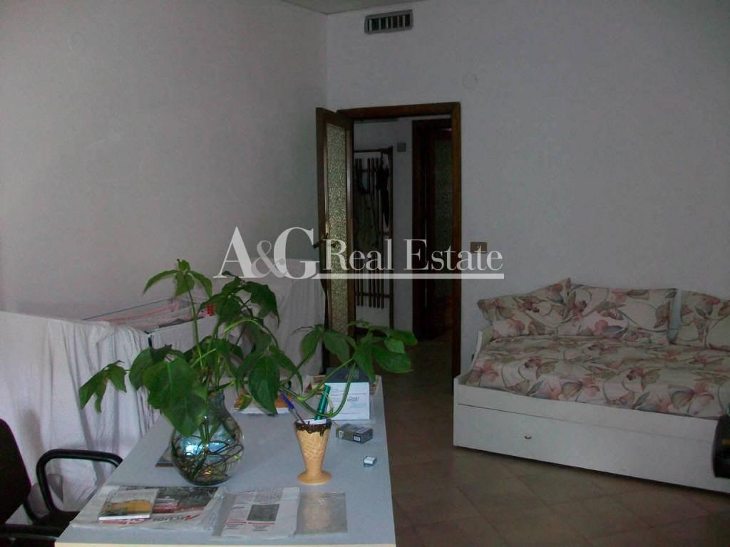 Appartamento in Affitto a Grosseto: 4 locali, 80 mq