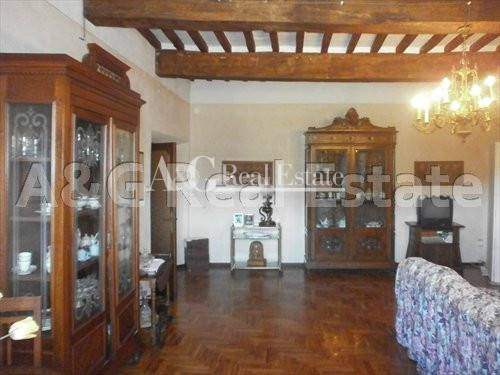 Appartamento in affitto a Gavorrano, 9 locali, zona Zona: Caldana, prezzo € 800 | Cambio Casa.it