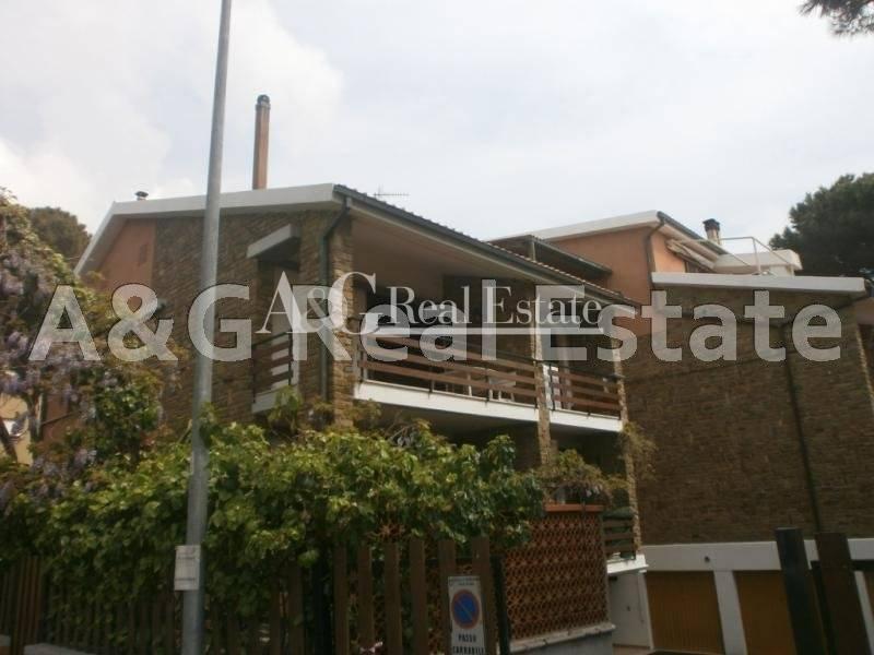 Appartamento in affitto a Castiglione della Pescaia, 4 locali, prezzo € 1.800 | Cambio Casa.it